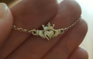 claddagh-pendant-with-irish-crown2