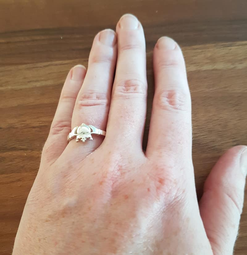 claddagh ring when engaged
