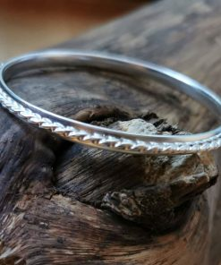 Sterling silver Bangle with twisted wire